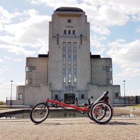 """De obligate """"fiets voor Radio Kootwijk foto"""" :)"""