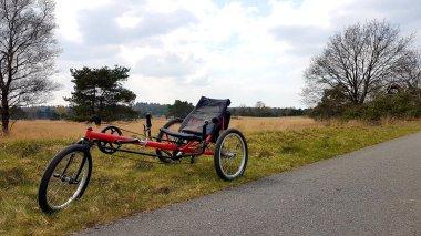 """Even een """"fiets op de heide"""" foto. Geen idee meer waar..."""