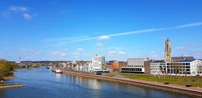 Arnhem aan de Neder-Rijn